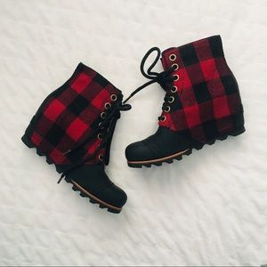 Sorel Lexie Wedge Red Plaid Ankle Boots